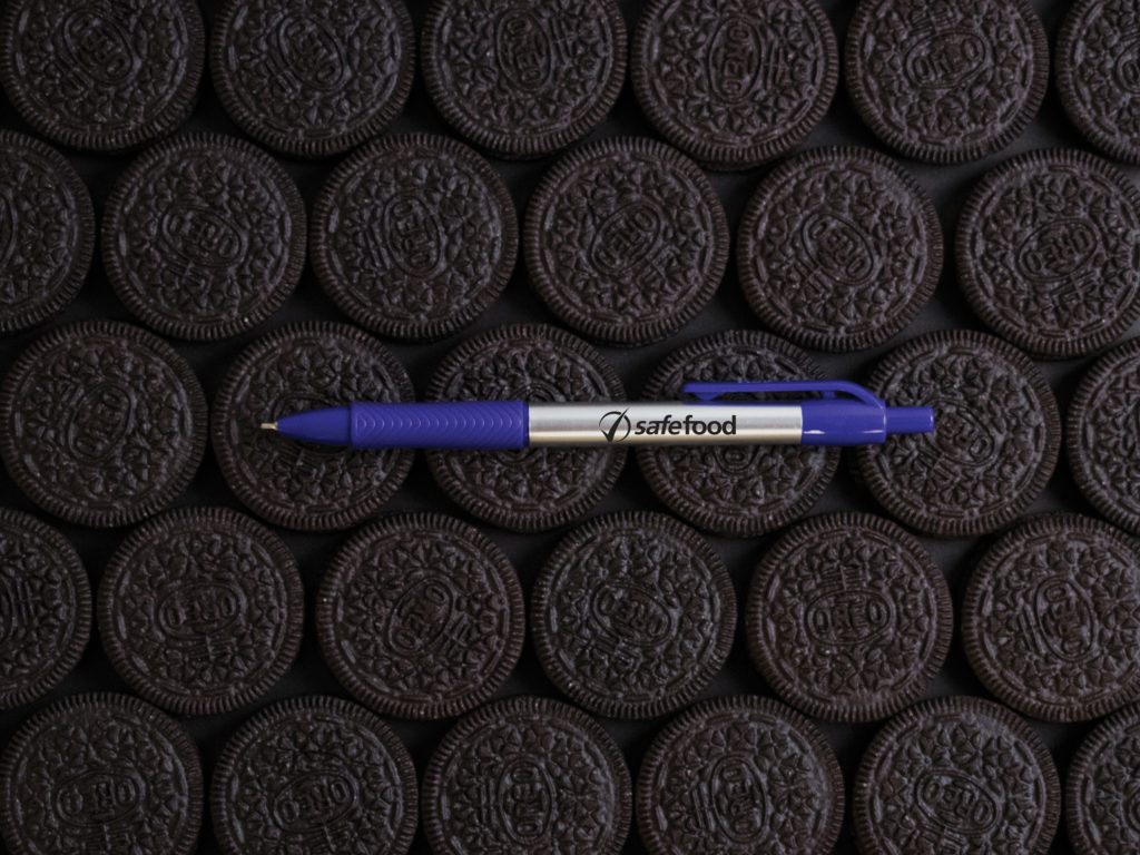Xact Chrome Fine Point pen with Oreo cookies