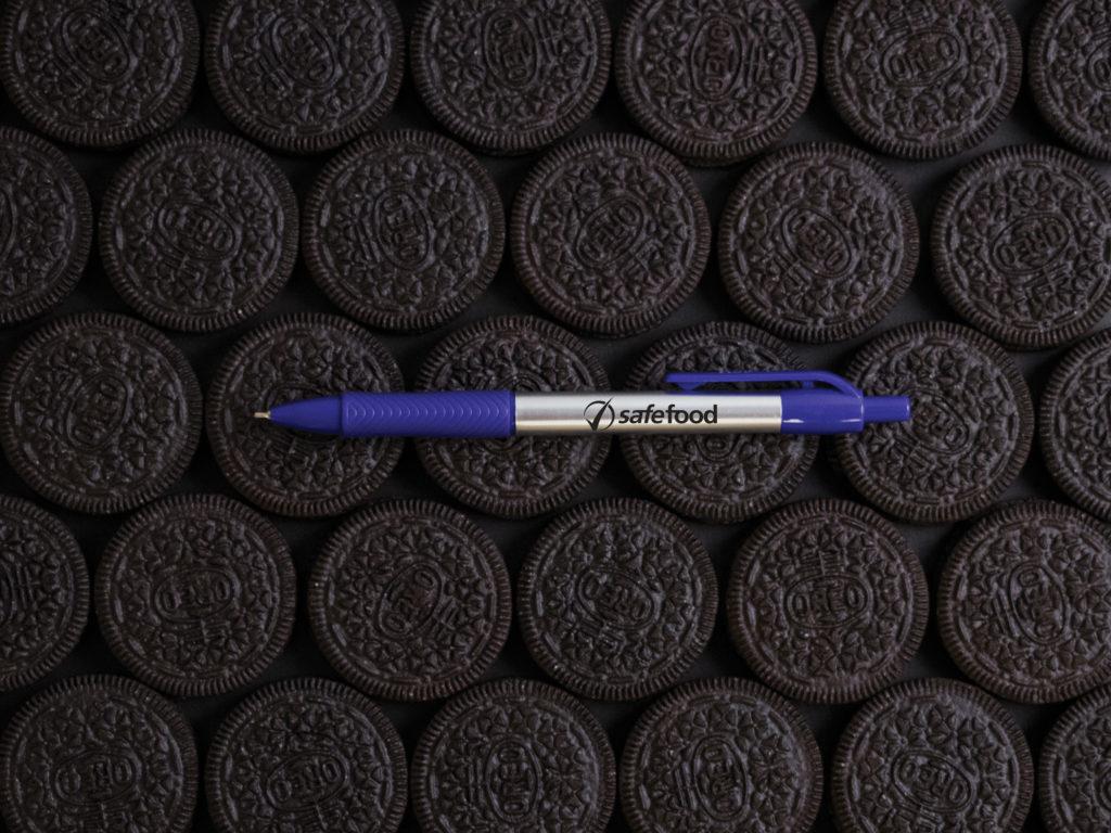 Xact Chrome Fine Point pen with Oreo cookies